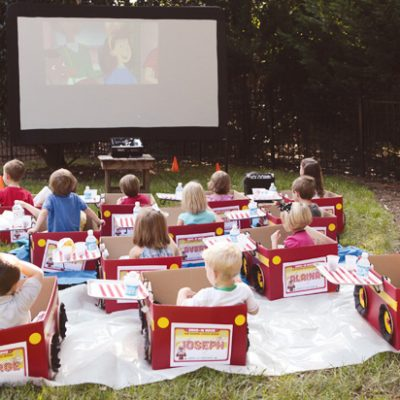 kids-drive-in-movie-cars